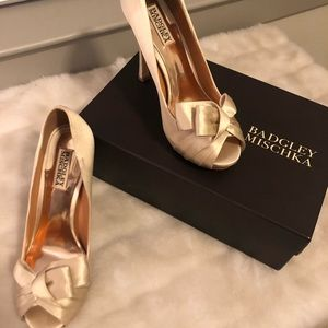 Badgley mischka bridal / wedding shoes